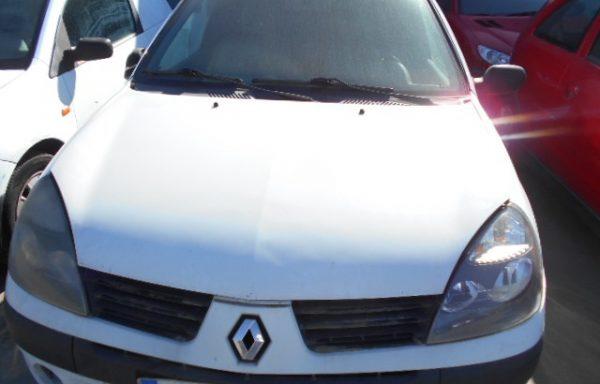 SER VENDE RENAULT CLIO 1.5 65CV