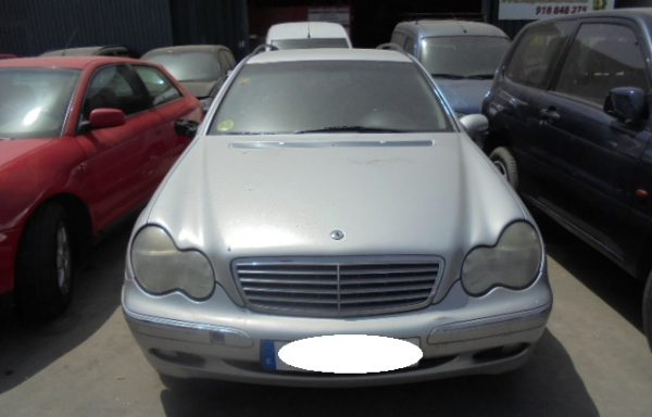 SE VENDE MERCEDES BENZ C 270