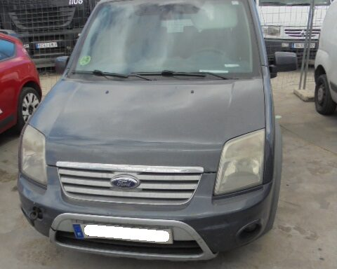 SE VENDE FORD CONNECT 2012
